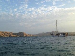 lambo-sailing-raja-ampat-indo-ocean