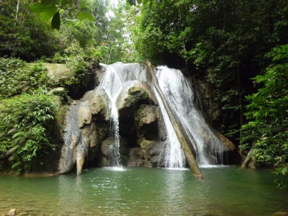 raja-ampat-waterfall-hike-indo-ocean-project