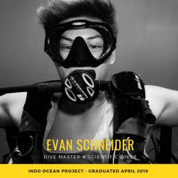 Dive Master Graduates (5)